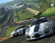 Il top dei giochi di corse tra auto è finalmente disponibile: Real Racing 3 – La videorecensione di iPadItalia
