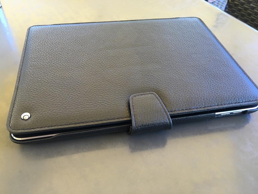 noreve ipad 10.5  Custodia in pelle per iPad Pro 9.7 pollici di Noreve - iPad Italia